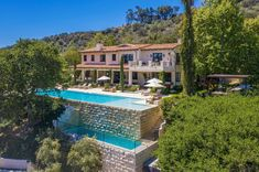 Justin Timberlake and Jessica Biel want $35 million to say 'Bye, Bye, Bye' to their Los Angeles mansion / Twitter
