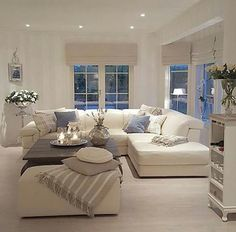 Light, bright, comfortable living room … | Pinteres…