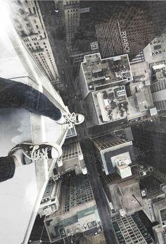 TOM RYABOI #urban #rooftopper #photography - http://faceadblog.com/en/tomryaboi/