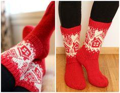 Äitini joulupakettiin neuloin tänä vuonna villasukat. Nähdessäni tuon tupakuvion tiesin heti että mun täytyy tehdä äidille sukat tuolla...