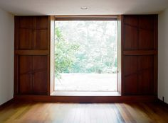 beautiful picture window. Louis Kahn's Esherick house, photo by Leslie Williamson.