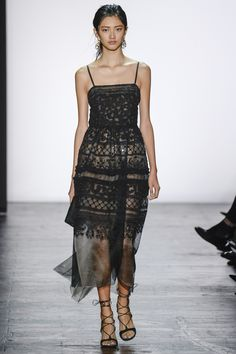 http://www.vogue.com/fashion-shows/spring-2016-ready-to-wear/dennis-basso/slideshow/collection