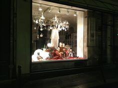 liwan christmas window 2012 Showcase Design, Windows, Paris, Christmas, Inspiration, Painting, Beirut, Xmas, Biblical Inspiration