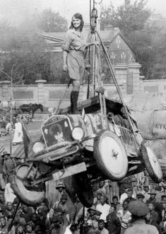 The First Woman to Drive Around the World Wore Men's Breeches and Had a Pet Monkey   Atlas Obscura