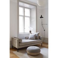 3 Bold Clever Ideas: Minimalist Living Room Decor Layout minimalist home wood interior design.Minimalist Living Room Minimalism Black And White. Interior Design Minimalist, Minimalist Home Decor, Minimalist Living, Decor Interior Design, Modern Minimalist, Minimalist Kitchen, Minimalist Bedroom, Interior Styling, Furniture Design