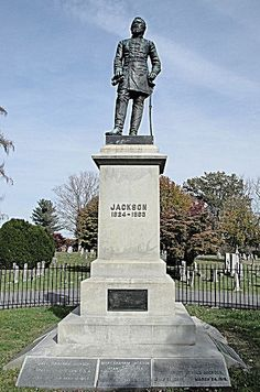 sad sad day in our history. Grave Monuments, Confederate Monuments, Historical Monuments, Confederate Statues, Virginia History, Southern Heritage, American Revolutionary War, America Civil War, Civil War Photos