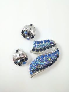 Vintage Lisner Brooch and Earring Demi Blue Rhinestone and Silver Tone
