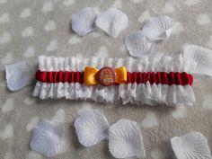 Wedding lace garters (Set of 2) - Harry Potter, gryffindor, hufflepuff, slytherin, ravenclaw. Handmande in Italy, Customizable di OwlPostOffice su Etsy https://www.etsy.com/it/listing/512888821/wedding-lace-garters-set-of-2-harry