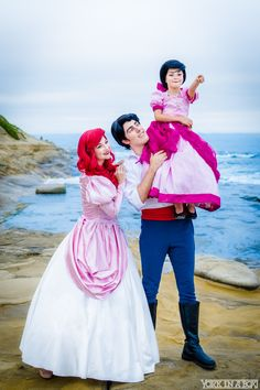 Ariel(the little mermaid)and family cosplay. - COSPLAY IS BAEEE! Tap the pin now to grab yourself some BAE Cosplay leggings and shirts! From super hero fitness leggings, super hero fitness shirts, and so much more that wil make you say YASSS! Disney Cosplay, Anime Cosplay, Disney Costumes, Cool Costumes, Costume Ideas, Skeleton Costumes, Family Cosplay, Couples Cosplay, Cosplay Outfits