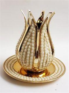 Altın Güllü Tabaklı Lale Vazo