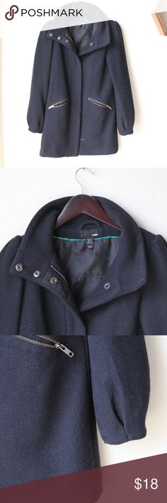 """H&M Puffed Sleeve Black Peacoat Zipper and button up, 31"""" in length from the top of the collar, arm is 24"""". H&M Jackets & Coats Pea Coats"""