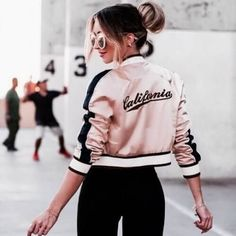 """Rose Gold Feeds�� Req? Comment or dm Save? Like and comment """"save"""" Repost? Tag us or block!�� . #feeds #tumblr #tumblrgirl #theme #newtheme #rosegold #rosegoldfeeds #fashion #beauty #girly #happy #instafeeds #feedsgoals #amazingfeeds #instafeeds #instagram #vsco #photograph #openreq #fff #lfl http://butimag.com/ipost/1552667562507289573/?code=BWMLuv1hMPl"""