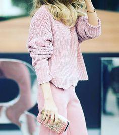 Tudo rosa! Quem gosta? #look #style #moda #blogsdemoda #fashionblogn #streetstyle #blogger #blogueiras