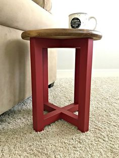 Build Plans - Abbotts At Home Round Side Table, Decor, Woodworking Plans Diy, Diy Furniture Building, Diy Table, Diy Stool, Diy Home Decor, Thrift Store Furniture Makeover Diy, Diy Dresser Makeover