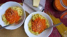 Boloňská omáčka bez masa: se zeleninou a čočkou Macaroni And Cheese, Spaghetti, Low Carb, Cooking Recipes, Treats, Vegan, Ethnic Recipes, Nebo, Food