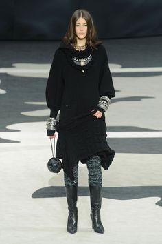 Chanel Review | Fashion Week Fall 2013