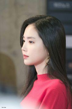 Beautiful Asian Girls, Beautiful World, South Korean Girls, Korean Girl Groups, Apink Naeun, Red Velvet Irene, Grunge Girl, Ao Dai, Girl Crushes