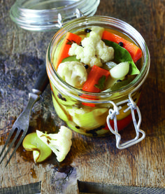 califlower and carrot pickles