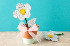 DIY Kids Crafts : DIY Homemade Plantable Seed Paper