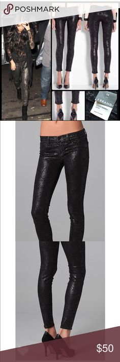 NEW J BRAND SHINNY BOA JEANS SZ 25 NEW J BRAND SHINNY BOA JEANS   SZ 25  Super stylish for the holiday season!  Brand new without tags, therefore in perfect condition. J Brand Jeans Skinny