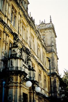 Highclere Castle...ZsaZsa Bellagio