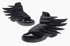 Buy Adidas Js Wings Jeremy Scott from Reliable Adidas Js Wings Jeremy Scott suppliers.Find Quality Adidas Js Wings Jeremy Scott and more on Airyeezyshoes. Crazy Shoes, Me Too Shoes, Men's Shoes, Shoe Boots, Shoes Sneakers, Fancy Shoes, Hot Shoes, Jeremy Scott Wings, Jeremy Scott Adidas