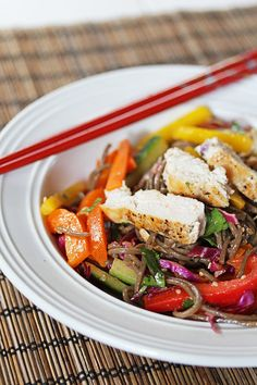 A bright, fresh salad filled with crunchy veggies, cold soba noodles, and tossed in a spicy sesame-sriracha dressing.