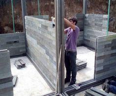 Casas con ladrillos de plástico reciclado en Colombia | Arquitectura Concrete Sheds, Concrete Houses, Precast Concrete, Concrete Structure, Diy Storage Shed, Tiny House Storage, Interlocking Concrete Blocks, Exterior Wall Tiles, Simple House Design