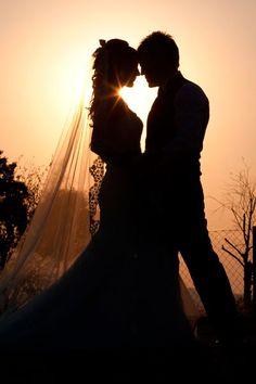 http://woohoo-weddings.com/blog/2012/09/26/sonrie-a-la-camara-2-creame/