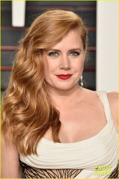 AMY ADAMS in a curve-hugging Atelier Versace gown with draped white fabric alternating with beaded nude fabric, Martin Katz diamonds and a Tyler Alexandra clutch at the 2016 Vanity Fair Oscar After-Party