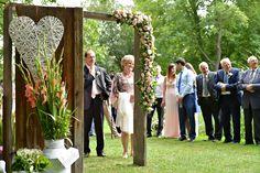 Szabadtéri esküvő További képek: torokkativiragboltja.hu