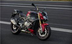 BMW Motorrad has launched the 2017 model of its popular S1000 R super-naked sportbike.It was first showcased at the 2017 EICMA along with the updated BMW S1000 RR sportbike and the S1000 XR adventure …