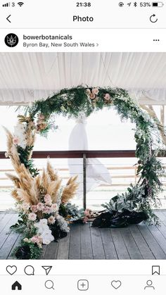 love the pampas grass, the wreath needs some work