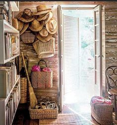 Home Decoration Inspiration .Home Decoration Inspiration Rattan, Wicker, Pecky Cypress, Interior And Exterior, Interior Design, Design Design, Interior Ideas, Interior Inspiration, Design Inspiration