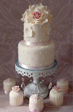 Romance...love the mini cakes