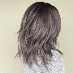 45 Stunning Ash Brown Hair Color Ideas For Summer - Page 12 of 45 - Chic Hostess Ash Gray Balayage, Gray Hair Highlights, Colored Highlights, Hair Color Balayage, Ash Gray Hair Color, Grey Hair Wig, Grey Ombre Hair, Silver Ombre, Gray Color