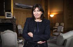 Anne Hidalgo à la mairie de Paris depuis un an: «Elle communique beaucoup, mais…»