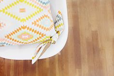 Knotted Pillow Cover Tutorial - Cool!