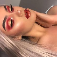 Customer Selfie Time Beauty bought Grey Blonde Lace Front Synthetic Wig It looks quite awesome! Eye Makeup Cut Crease, Dark Eye Makeup, Natural Eye Makeup, Eyeshadow Makeup, Eyeliner, Synthetic Lace Front Wigs, Synthetic Wigs, Beauty Makeup, Hair Makeup