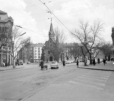 Tisza Lajos (Lenin) körút és Kálvin tér a református templommal az Anna-kút irányából nézve. Budapest, Street View, Anna