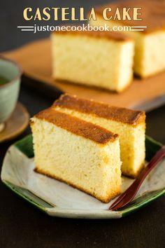 Castella Cake (カステラ) | Easy Japanese Recipes at JustOneCookbook.com
