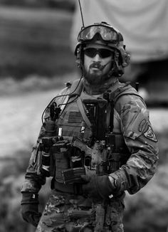 US Soldier (AFGHANISTAN 2009) ~Repinned Via Douglas Coulter II