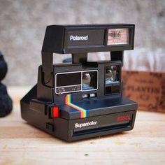 Antique Cameras, Old Cameras, Vintage Cameras, Polaroid Camera Instax, Vintage Polaroid Camera, Cute Camera, Design Digital, Polaroid Pictures, Gadgets