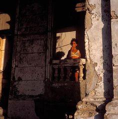 Cuba' s Crumbling Havana World Photography, Fine Art Photography, Street Photography, Monsters University Costumes, Cranes In The Sky, Photography Institute, Visual Metaphor, Film Studio, Ap Art