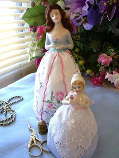 PDF Instant Delivery Pattern to complete a Half Doll or Antique Pincushion Doll Porcelain Doll Costume, Porcelain Doll Makeup, Porcelain Dolls Value, Porcelain Dolls For Sale, Porcelain Jewelry, Half Dolls, Ceramic Animals, China Sets, Doll Crafts
