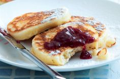 Lívanečky | Apetitonline.cz Pancakes, French Toast, Sweets, Baking, Breakfast, Recipes, Food, Sweet Stuff, Club