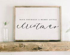 Etsy :: Il tuo spazio per comprare e vendere tutto ciò che è fatto a mano Jewelry Wall, Jewelry Organizer Wall, Lake Decor, Lake Signs, Inspirational Signs, Burlap Flowers, Family Signs, Word Families, Friends Family