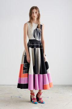 Coleção geométrica e colorida de Roksanda Ilincic inspirada no cubismo;
