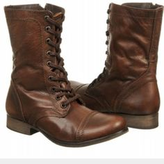 STEVE MADDEN Combat boots- NWOT Mint condition. Steve Madden Shoes