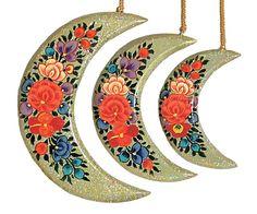 Hand Painted Hanging Papier Mache Moons from Kashmir (Set of Three) (Papier Mache))